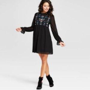 Xhilaration Swiss Dot Embroidered Dress M